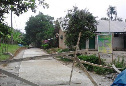 Dana Desa Realisasikan Rabat Beton Jalan Dusun III